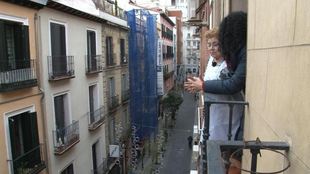 Nines en su casa de la Calle Ballesta